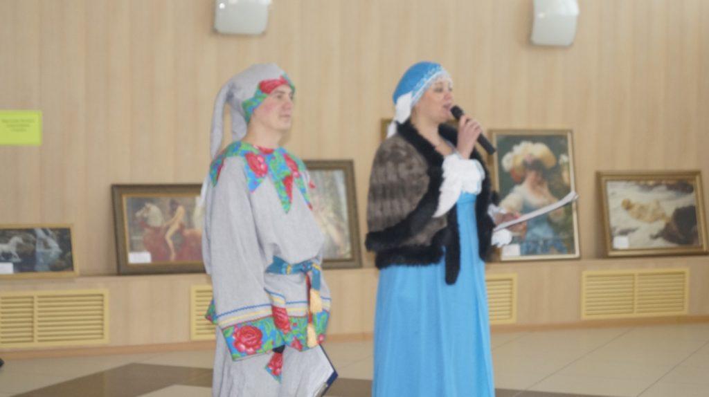 """Выставка """"Топчиха мастеровая"""""""